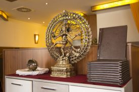 ein Abenteuer in der Gastronomie, Yogi´s indische Spezialitäten
